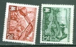 DDR   113/114   * *  TB - [6] République Démocratique