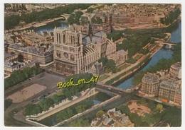 {78899} 75 Paris , Notre Dame Et Son Parvis ; Vue Aérienne - Notre Dame De Paris