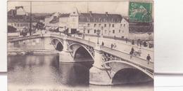 CPA - 64. Compiègne Le Pont Et L'hôtel De Flandre - Compiegne