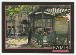 {78897} 75 Paris , A Montmartre , La Place Des Abbesses ; Animée - Places, Squares