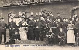 Camp De Beverloo - Les Bons Vivants à La Cantine De Van Mele (top Animation, Attelage, Cheval, Chien 1907) - Leopoldsburg (Camp De Beverloo)