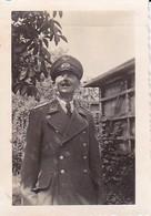 Foto Deutscher Soldat Mit Schirmkappe - Luftwaffe - 2. WK - 6*4cm (37947) - Krieg, Militär
