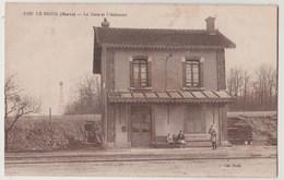 CPA 51 LE BAIZIL La Gare Et L' Eolienne - France