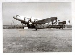 QUADRIMOTEUR Francais Sur Tarmac - Aviation