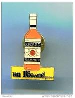 PINS RICARD UN RICARD - Beverages