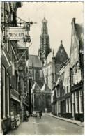 NEDERLAND  PAESI BASSI  OLANDA  HAARLEM  Jansstraat Met Grote Kerk  Bisschoppelijk Museum VW Kafer - Haarlem