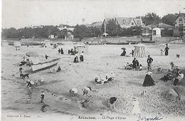 Arcachon. Jeux De Sable Sur La Plage D'Eyrac. - Arcachon