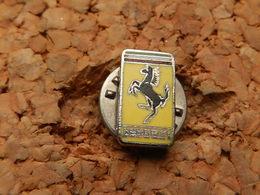 Pin's - SIGLE FERRARI - Ferrari