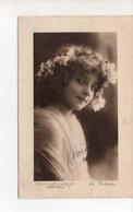 Grete Reinwald Fleurs Dans Les Cheveux - Portraits