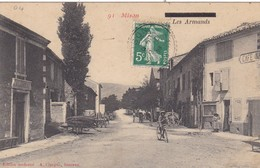 04. MISON. CPA . RARETÉ. LES ARMANDS. ANIMATION ROUTE NATIONALE. ANNEE 1909 - France