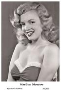 MARILYN MONROE - Film Star Pin Up PHOTO POSTCARD - 201-833 Swiftsure Postcard - Artistes