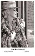 MARILYN MONROE - Film Star Pin Up PHOTO POSTCARD - 201-1049 Swiftsure Postcard - Artistes