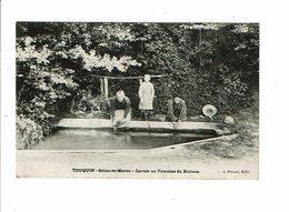 Cpa TOUQUIN Lavoir Ou Fontaine Du Buisson Femmes à La Lessive Et Enfant - Ed Proust à La Pose - France