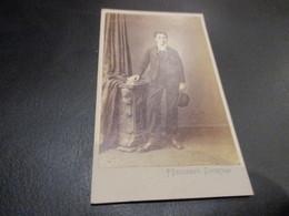 CDV - CARTE DE VISITE, 6.50 X 10.50 Cm ,edit Palmer Descamps Courtrai - Oud (voor 1900)