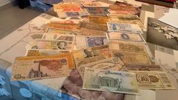 Plus De ,30billets Tous Pays Voir Photo - Monnaies & Billets