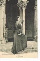 Arlésienne 1905 - Arles