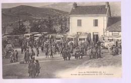 C P A Du 04- PRUNIERE -La Gare -arrivée Des Permissionnaires Du 157* D'infanterie - Francia