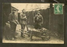CP-Prisonniers Allemands Faisant La Corvée - Guerre 1914-18