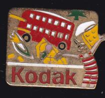 59147-Pin's.Kodak.Photo.bus A Imperial. - Photography