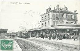 27 CPA SERQUIGNY Train En Gare - Serquigny