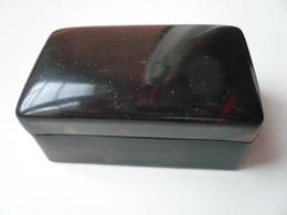 Très Belle Petite Boîte Rectangulaire à Bijoux En écaille Brune- Fin XIXè S.- Dimensions; 5x3x2,5cm - Boîtes/Coffrets