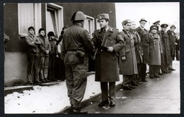 C0018 - Foto - DDR Propaganda Armee Kampfgruppe Auszeichnung Offizier Soldat Uniform - Fotografie