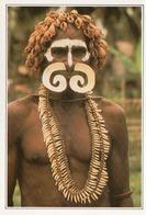 Guerrier Asmat - Papouasie-Nouvelle-Guinée