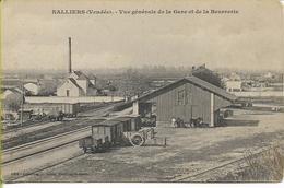 NALLIERS  Vue Généale De La Gare Et De La Beurrerie - Francia