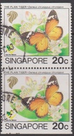 Singapore 727b 1993 Butterfly,20c Booklet Stamp Pair, Used - Singapore (1959-...)
