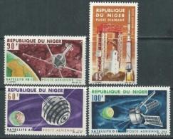 "Niger Aerien YT 58 à 61 (PA) "" Satellites Français "" 1966 Neuf** - Niger (1960-...)"