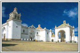 1 AK Bolivien * Kathedrale In Der Stadt Copacabana - Sie Liegt Auf Der Copacabana-Halbinsel Am Ufer Des Titicaca-Sees * - Bolivie