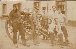 Thématiques 2018 Commémoration Fin De Guerre 1914 1918 Canon Militaires Au Repos - War 1914-18