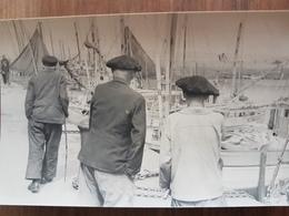 Douarnenez.photo Rigide Format Carte Postale 9*14 Vers 1950 Numérotée Au Dos 91-22 - Douarnenez