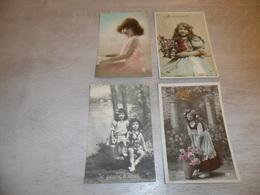 Enfant ( 2231 )  Fillette - Lot Van 4 Postkaarten -  Lot De 4 Cartes Postales - Enfants