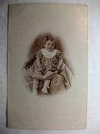 Carte Postale Photographie - Petite Fille ( Petit Format Noir Et Blanc Circulée ) - Fotografía