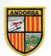 ANDORRE - ANDORRA - ECUSSONS- BLASON- TISSU - - Ecussons Tissu