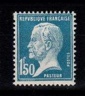 YV 181 N** Pasteur Cote 25 Euros + Centrage - Neufs