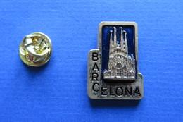 Pin's, Ville, BARCELONA, SAGRADA FAMILIA,eglise,church,Kirche, - Cities