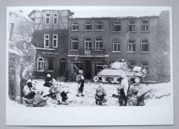SAINT-VITH 1945 Rue En Ruines Soldats Américains Char Sherman - Guerre Oorlog - Sankt - Bataille Des Ardennes PHOTO - Saint-Vith - Sankt Vith