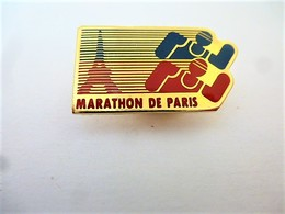 PINS SPORTS MARATHON DE PARIS / TOUR EIFFEL / 33NAT - Athletics