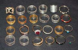 Lot 24 Bagues Vintage - Bague (années 60-80) Lot 4 - Ring