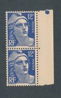 FRANCE - PAIRE N°YT 812 NEUVE** SANS CHARNIERE - COTE YT : 7€40 - 1948 - Neufs