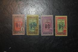 Tunisie 110/2 + 114 * - Tunisia (1888-1955)