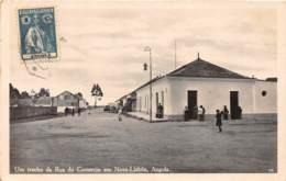 Angola - Topo / 31 - Um Trecho Da Rua Do Comercio En Nova Lisboa - Angola