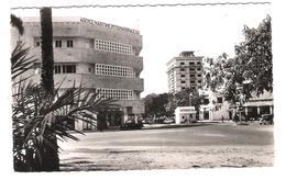 Belgisch Congo - Congo Belge - Leopoldville - Leopoldstad - Place De La Poste - Old View - Posted With Stamp - Kinshasa - Leopoldville (Leopoldstadt)