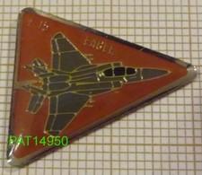 AVION DE CHASSE   F15 EAGLE F 15 McDonnell Douglas - Avions