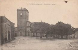 SAULX     HAUTE SAONE  70 -  CPA    PLACE DE L'EGLISE - France