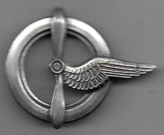 Brevet De Personnel Navigant- Insigne Embouti Sans Marque Au Dos - Airforce