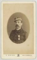 CDV Militaire 1870-80 C. Brion à Marseille . Un Chasseur . Capitaine . Légion D'Honneur . - Ancianas (antes De 1900)