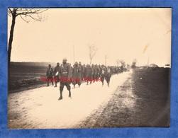 Photo Ancienne - Bataille De MONTDIDIER  ( Somme ) - Groupe De Poilu Indien - 1918 WW1 Indian Soldier Sikhs ? Hindous ? - Guerre, Militaire